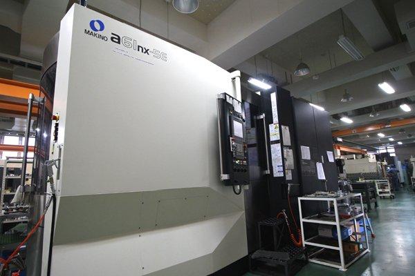 รีวิว เครื่องจักร CNC Makino รุ่น a61nx-5E