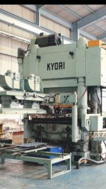 Machine FIN PRESS  Maker : KYORI